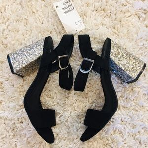 Women's block-heeled black/Silver colored Sandals